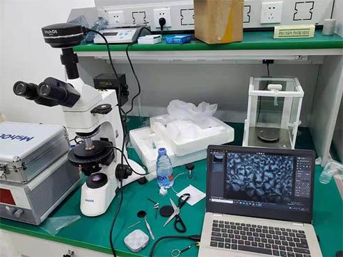 偏光显微镜下的塑胶产品